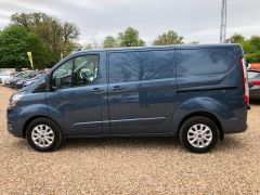 FORD TRANSIT CUSTOM 2.0 TDCi 280 L1H1 Limited 5dr (EU6) - 130PS - AUTOMATIC - 2590 - 9