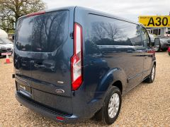 FORD TRANSIT CUSTOM 2.0 TDCi 280 L1H1 Limited 5dr (EU6) - 130PS - AUTOMATIC - 2590 - 3